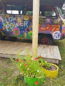Dachterrasse Hippie Bus (1)